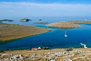 クロアチア北部・美しきアドリア海を巡るアイランドホッピングツアー9日間