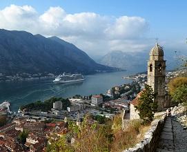 バルカン半島ハイライトツアー クロアチア・モンテネグロ・ボスニアヘルツェゴビナ3カ国周遊9日間